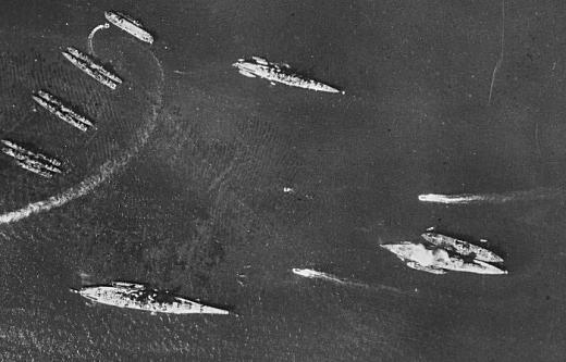 00横須賀港19460222.jpg