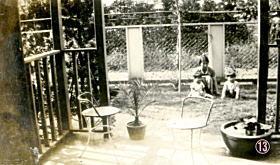 ⑬居間から庭19320803.jpg
