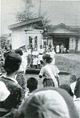 中井駅前の防空演習.jpg