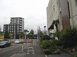 中央図書館西側.JPG