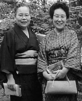 佐多稲子・壺井栄1960頃.jpg