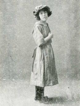 吉屋信子1922.jpg