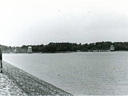 多摩湖1974_2.jpg