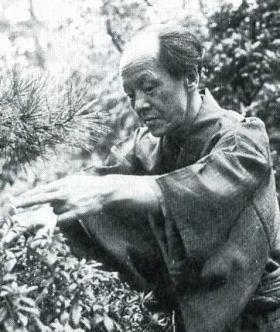 尾崎一雄1967.jpg