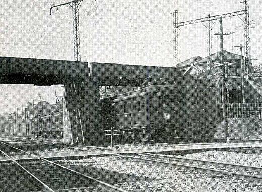 山手線武蔵野鉄道高架1933.jpg