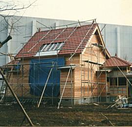 建築中のレプリカアトリエ1988.jpg