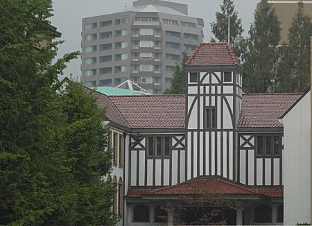 早大演劇博物館.jpg