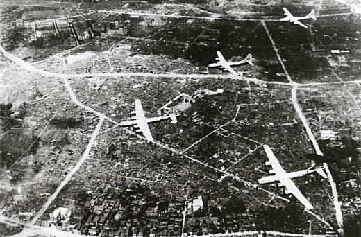 早稲田1945.jpg