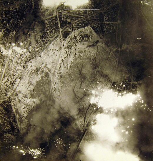 明治神宮19450525.jpg