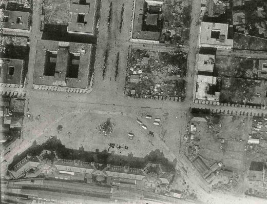 東京駅前19230905.jpg