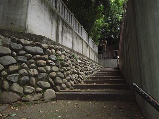 水稲荷社階段.JPG
