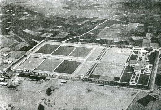 荒玉水道砧村浄水場(空中)1931.jpg