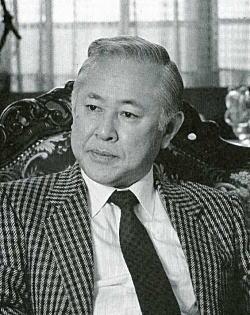 菅野沖彦1988.jpg