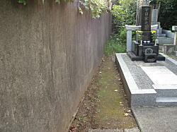 薬王院墓地3.JPG