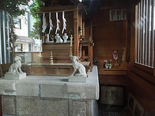 西荻窪三峯社.JPG