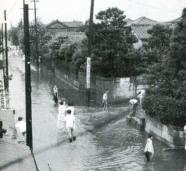 谷端川の氾濫.jpg