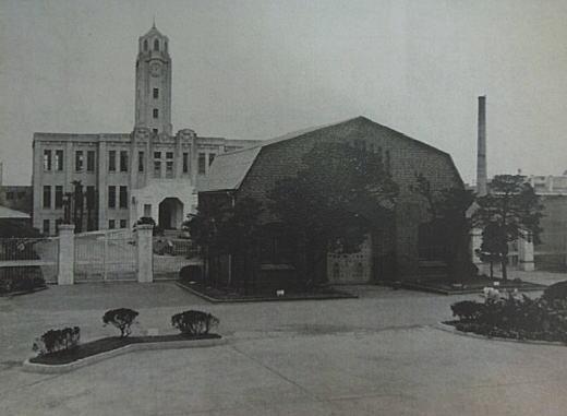 豊多摩刑務所庁舎.JPG