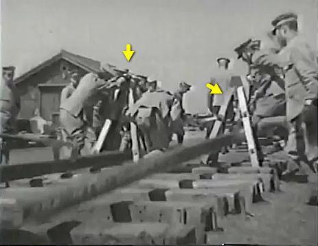 軌条敷設器(鉄道第二連隊).jpg