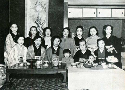 辻山春子アカンサスの会1961.jpg
