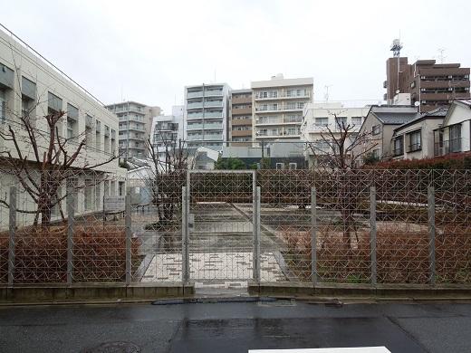 里見勝蔵アトリエ跡1.JPG