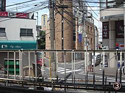金久保沢駅前.jpg