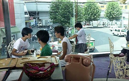 高田馬場駅ボストン1991.jpg