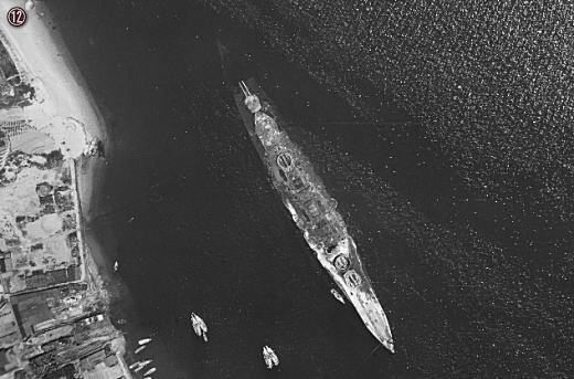 12戦艦榛名残骸.jpg