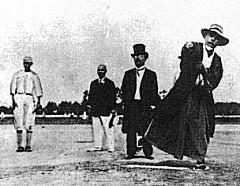 1915年始球式.jpg
