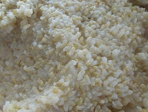 つや姫玄米ご飯.jpg