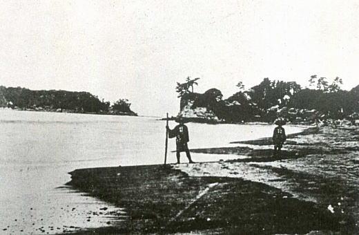 七里ヶ浜小動岬1870年代.jpg