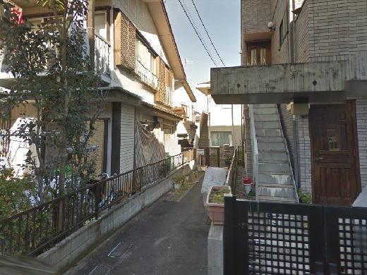 中村忠二・伴敏子アトリエ跡.JPG
