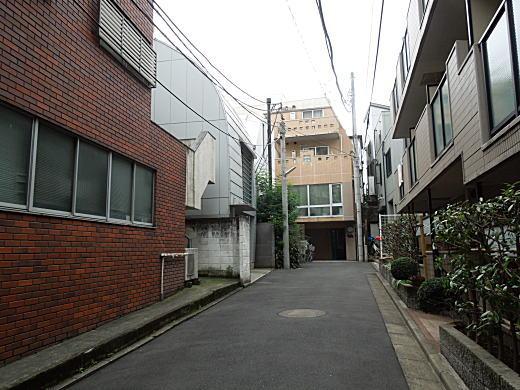 伊藤応久アトリエ跡.JPG