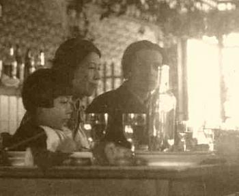 佐伯一家1928.jpg