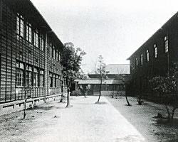 北野中学校舎.jpg