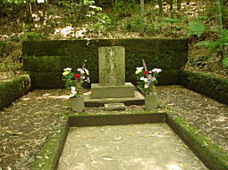 和辻哲郎墓.JPG