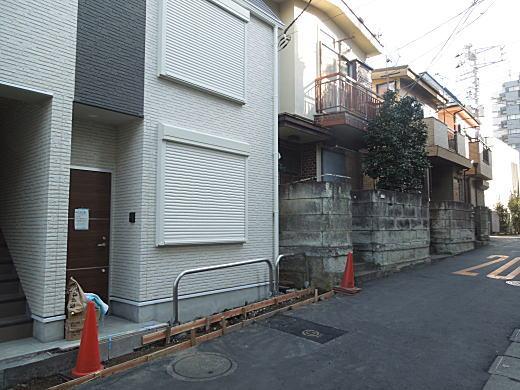 尾形亀之助旧居跡.JPG