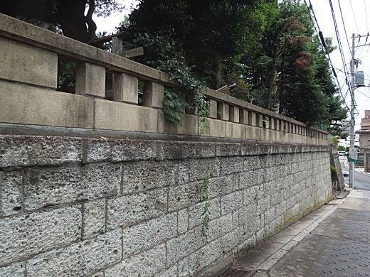 文化村塀2.JPG