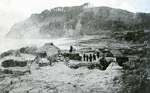 由比ヶ浜1880年代.jpg