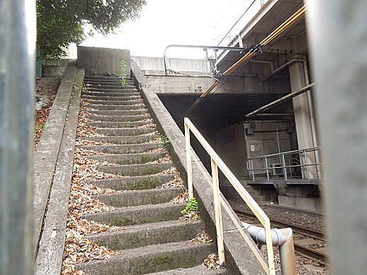目白駅階段.JPG