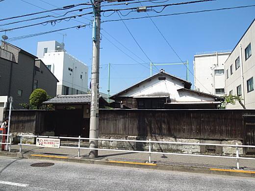 神近市子邸跡上落合1-476.JPG