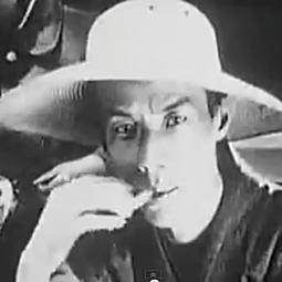 芥川龍之介1927.jpg
