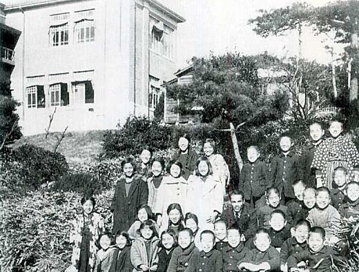 落一小卒業記念写真1928頃.jpg