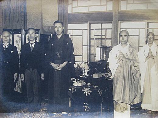 近衛公爵御佛舎利拝受19390525.jpg