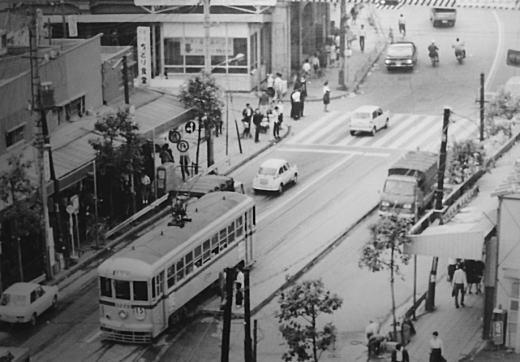高田馬場駅諏訪町1968.jpg